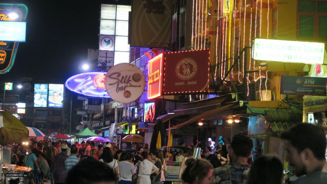 bangkok lucky beer bar and restaurant